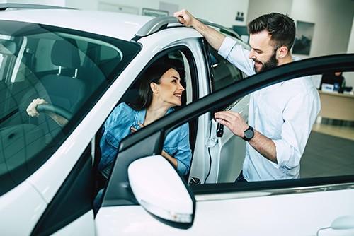 Neu- und Gebrauchtwagenverkäufer/in gesucht- Autohaus Koller | Mazda & Ford Händler